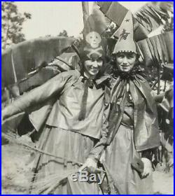 ANTIQUE VTG'18 ORIGINAL Photo Snapshot HALLOWEEN Women Witches Costumes FLORIDA