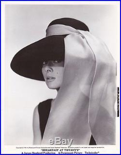 AUDREY HEPBURN Original Vintage 1961 BREAKFAST AT TIFFANY'S Portrait Photo
