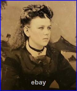 Antique Vintage American Fashion Hairstyle Teen Girl Blue Eyes Tintype Photo