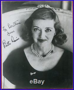 BETTE DAVIS autograph on black & white vintage photograph