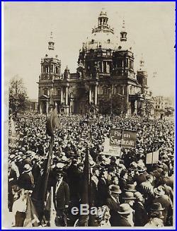 Berlin Germany, Original Vintage Photo. (margaret Bourke White). 1930