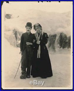 Charlie Chaplin Vintage Wire Photo Gold Rush 1924 Nice