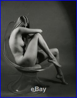Coy Nude Pin-Up Model in 1960s Vintage Mod Peter Basch Large Signed Photograph