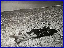 Helmut Newton, 1984, ON THE BEACH, Bordighera, Italy, Matted, mounted PHOTOLITH