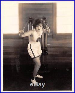 It Girl CLARA BOW vintage sexy leggy busty Otto Dyer pre-code cheesecake photo