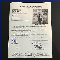 John Wayne Signed Photo 8x10 Vintage B&W 1973 JSA LOA The Duke Autograph NICE