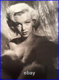 MARILYN MONROE Original Vintage glamour shot 1950s