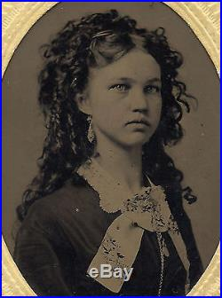 OLD VINTAGE ANTIQUE TINTYPE PHOTO of BEAUTIFUL YOUNG TEEN GIRL with LOVELY HAIR