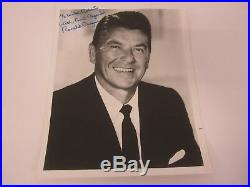 Ronald Regan POTUS President signed B&W vintage photo 8x10 COA LOA AUTOGRAPHED