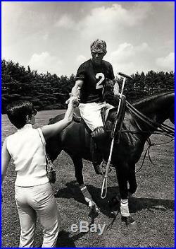 STEVE MCQUEEN / THE THOMAS CROWN AFFAIR (1968) Vntg 11x14 photo in polo uniform