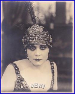 THEDA BARA as CLEOPATRA Original Vintage 1917 Fox DBW Silent Portrait Photo
