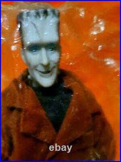THE MUNSTERS DOLLS RARE HAMILTON GIFTS RETIRED Vintage 1964