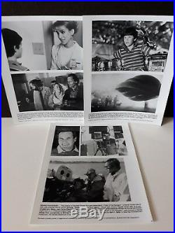 Vintage 1986 Disney's Flight of the Navigator Press Release Kit with 6 B&W photos