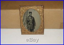 Vintage Civil War Soldier Framed B/W Photo 3 x 5 Tin type photo Bayonet armed