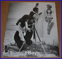 Vintage Fine Art B&W Photograph Print of Maria Stinger, Sammy Davis, Bonnie Yeager