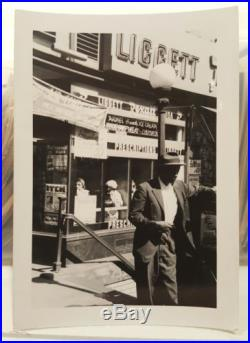 Vintage MID Century Street Photography Black Man Ny Vernacular Photography Photo