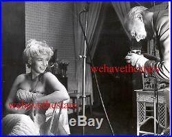 Vintage Marilyn Monroe GETS PHOTOGRAPHED by CECIL BEATON 50s Publicity Portrait