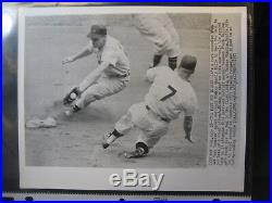 Vintage Mickey Mantle New York Yankees B/W Wire Photo July 28, 1957 withBolling