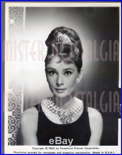 Vintage Photo 1961 Audrey Hepburn Breakfast at Tiffany's Paramount original
