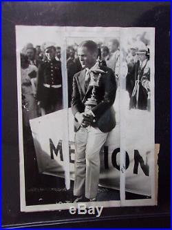 Vintage September 30, 1930 Bobby Jones withU. S. Trophy B/W 6 x 8 Press Photo