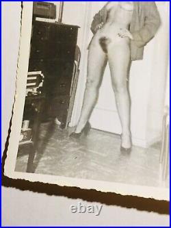 Vtg 50s Original Bettie Page Nude Home Snapshot Risque Pinup Photo Kodak Velox