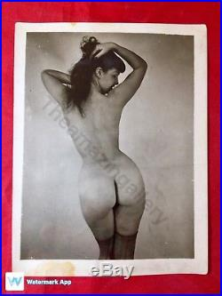 Vtg Original 50s Bettie Page Risqué Nylons Show Off Beautiful View Pinup Photo