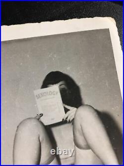 Vtg Original 50s Bettie Page Snapshot Risque Nylons Book Home Kodak Velox Photo