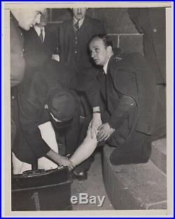 WEEGEE Arthur Fellig 1940s VINTAGE STAMPED Original Signed Photograph Cab Driver
