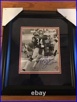 Waler Payton Signed Framed B/w Action Picture Rare Coa Wpf Great For Xmass