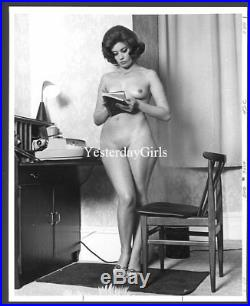 Ygst-1230 Vintage 1960's B/w 8x10 Sweet Art Posed European Nude Model